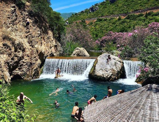 Las cascadas de Akchour: con nuestro guerra de 2 dias desde tanger a la cuidade azul, Chefchaouen