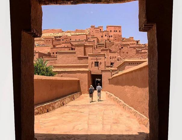LA kasbah de Ait Benhaddou con nuestro de 5 dias itinerario de viaje en MArruecos 5 dias
