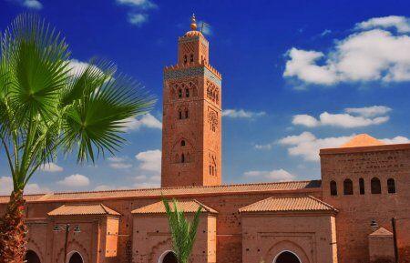 LA mezquita de koutoubia en Marraech ona sitio de nuestro Ruta de 2 semanas en Marruecos