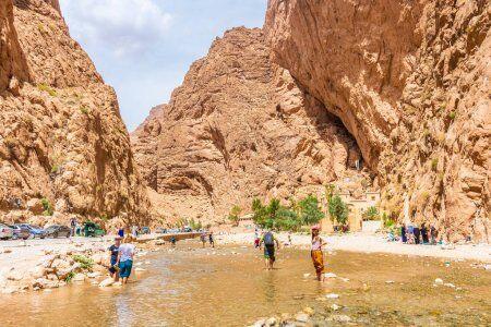 las gargantas de toghda con nuestro ruta de 12 dias por Marruecos itinerario de viaje desde Casablanca.