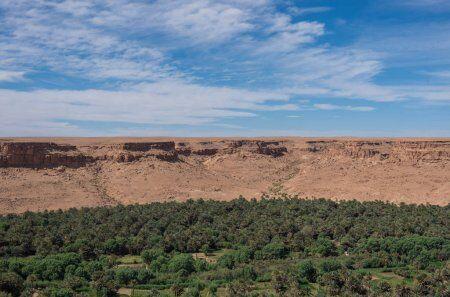 Valle de Ziz con 3 días de ruta por el desierto desde Fez a Marrakech