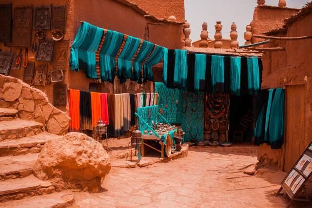 Small workshop en el 3 dias desde Marrakech al desierto