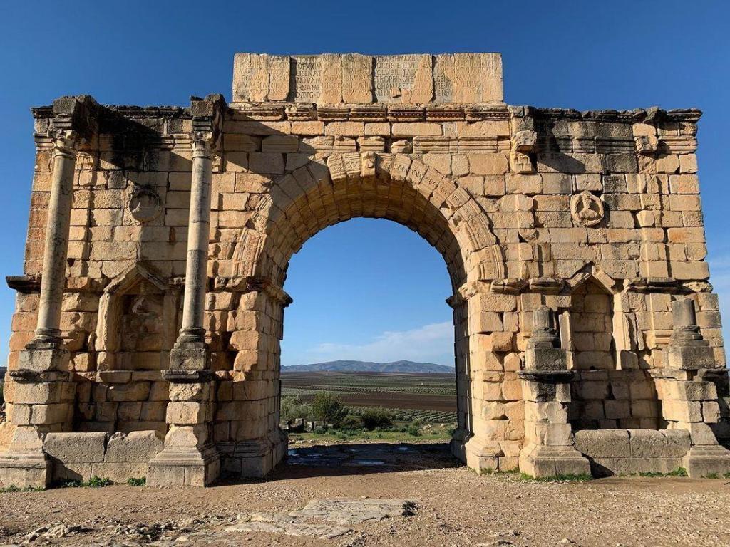 Visitar el volubilis es una de las mejores cosas que hacer en Meknes Marruecos
