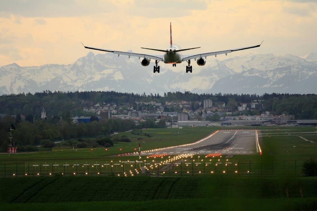 para llegar a tanger y ver las mejores cosas que hacer tendrás que coger el vuelo u otro medio de transporte