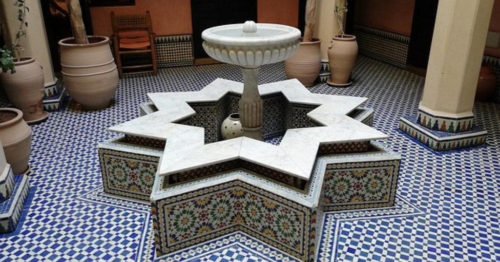 Diseño de arquitectura marroquí