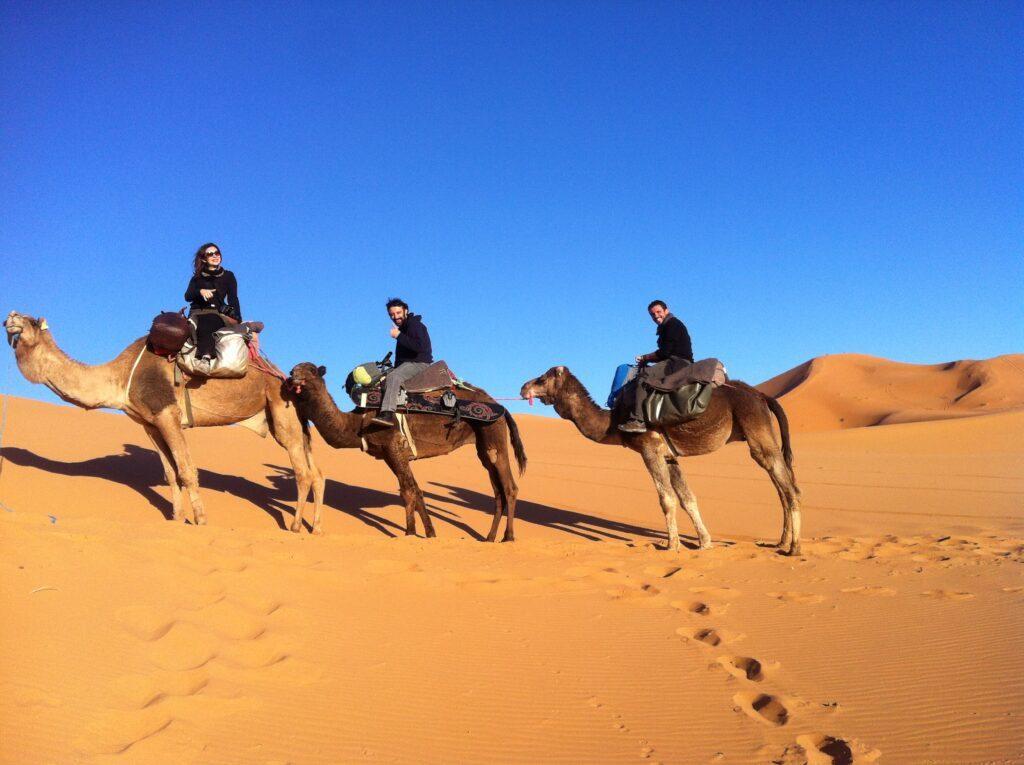 La excursión en camello en el desierto de Merzouga