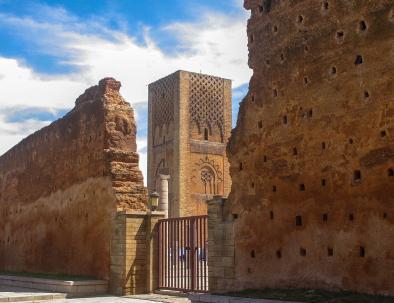 La torre Hassan, uno de los aspectos más destacados de nuestra excursión de 5 días desde Casablanca