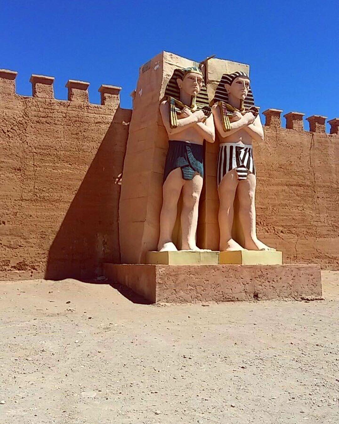 statua del cinema che si fa a ouarzazate con i nostri 9 giorni in Marocco