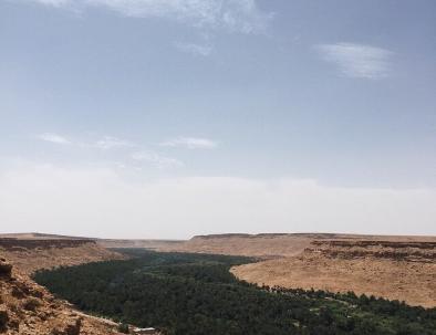 Valle dello Ziz, ci passeremo accanto con il nostro viaggio tour itinerario Marrocco 8 giorni esploreremo il deserto del Sahara di Merzouga