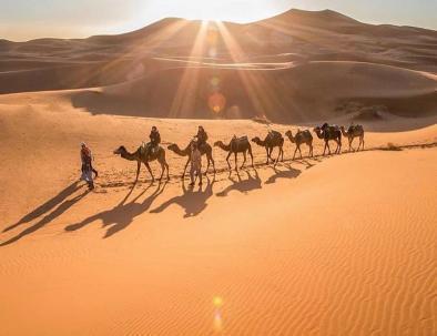 Trekking e campeggio a Merzouga con il nostro itinerario di una settimana, viaggio in Marocco da MArrakech a Fes