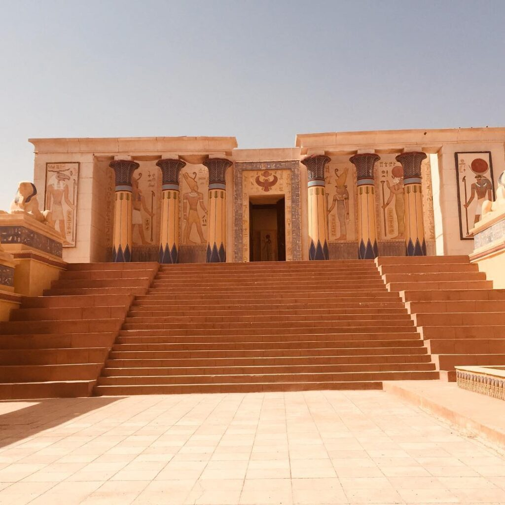 il cinema cittadino di Ouarzazate, la porta del Sahara che visiteremo con il nostro itinerario di 7 giorni in Marocco da Tangeri