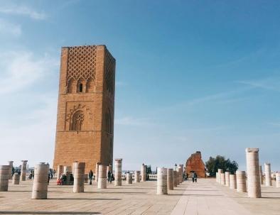 hassan tower, una moschea a rabat con la nostra escursione di viaggio tour itinerario Marrocco 8 giorni
