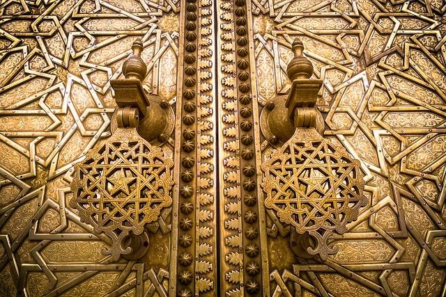 dorato cancello con il nostro tour di 6 giorni in Marocco