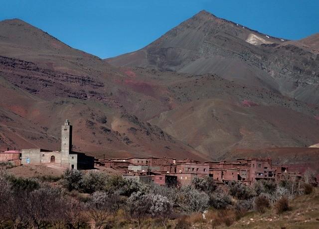 le montagne dell'atlante con il nostro tour di 6 giorni in Marocco