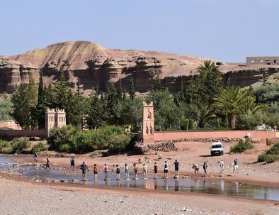 in viaggio da Marrakech al deserto, in gruppo o in tour
