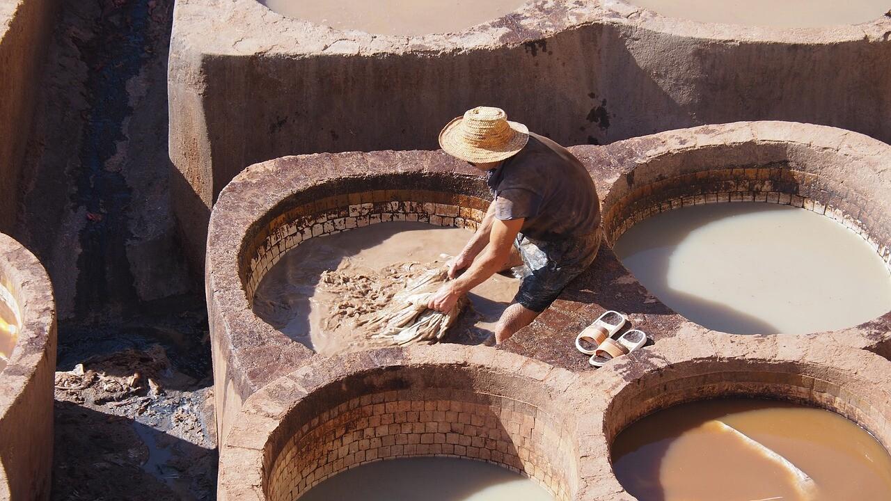 cestini delle concerie a fes, li visiteremo con le nostre escursioni in marocco da Tangeri