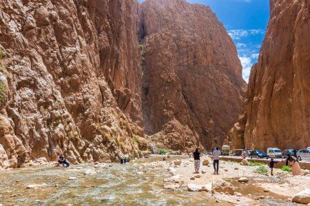 canyon e gole del todgha, uno dei luoghi che visiteremo con il nostro tour 10 giorni in Marocco, itinerario di viaggio da Casablanca.