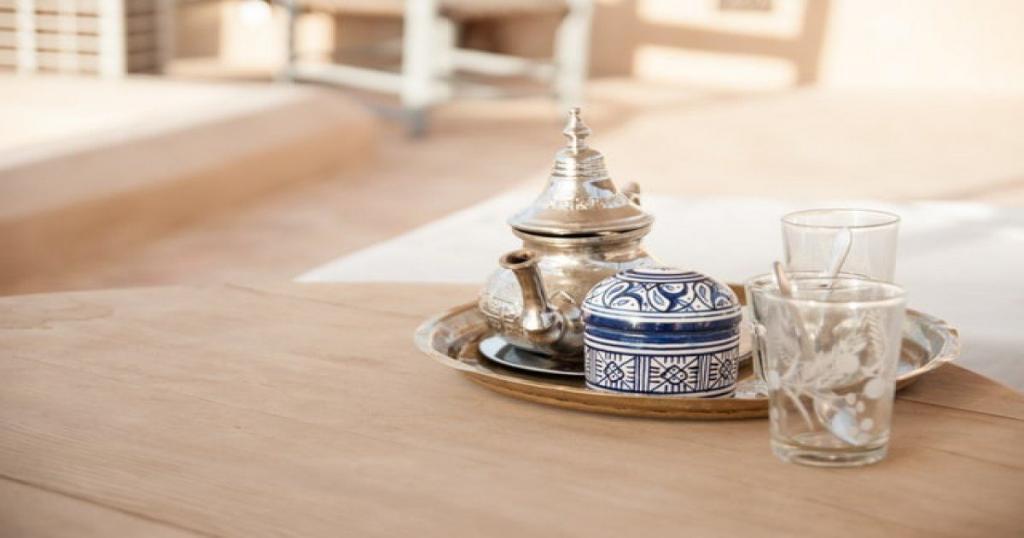 Arancia, menta, tè marocchino badjan