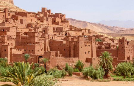 The Kasbah of Ait Benhaddou is a berber fortress that we will see when doing our Morocco 2 week itinerary tour