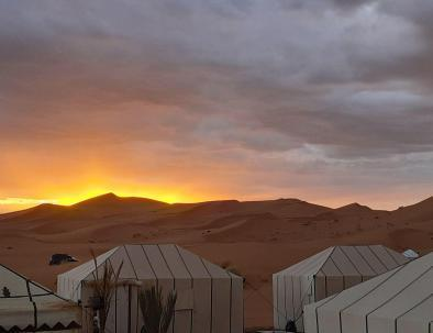camping in Erg chebbi Morocco, Merzouga trekking and desert tour
