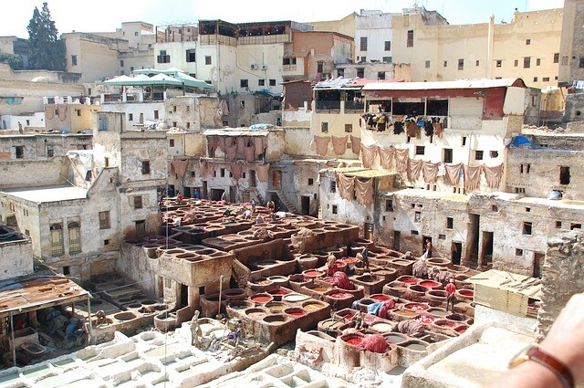 Fes tanneries with the 2 days tour to Chefchaouen
