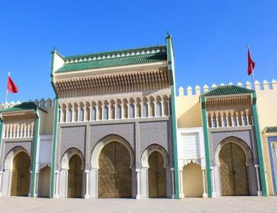 with our Morocco 8 days itinerary from Casablanca, we will visit the royal palace with the 7 golden gates
